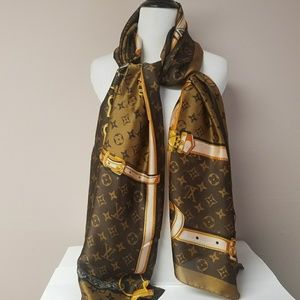 New Louis Vuitton Scarf